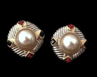 clip on earrings, vintage earrings, 80s earrings, pearl earrings, statement earrings, vintage accessories
