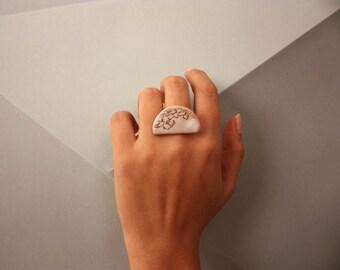 Ceramic Stone Ring/Ring with ceramic stone