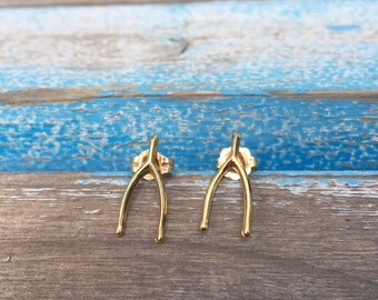 14k Wishbone stud earrings