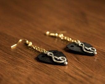 Guitar Pick Earrings (Black)