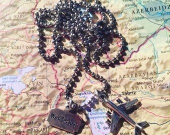World travel - plane & wanderlust- necklace - travel gift - globetrotter - explore - adventure!