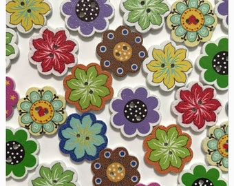 """10 or 20 Wood flower buttons, assorted flower buttons, wood buttons, novelty buttons, daisy scrapbooking sewing crafts 19mm 3/4"""" 19 mm 3/4"""