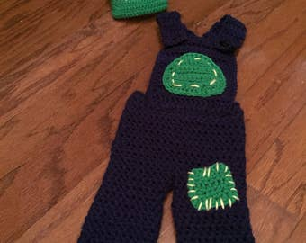 Tractor overalls and hat for newborn.