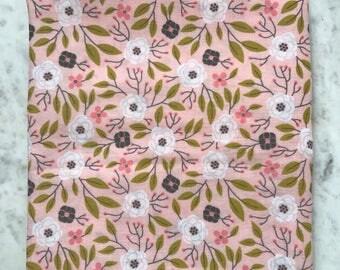 Receiving blanket // Double Gauze  Swaddler // Spring Baby Blanket // Floral Baby Blanket // Floral Print Gauze // Baby Gift // Baby Girl