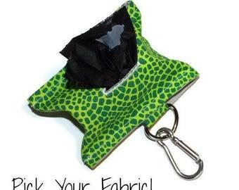 Dog Poop Bag Holder, Dog Bag Dispenser, Dog Poop Bag Dispenser, Dog Waste Bag Holder, Leash Accessory, Leash Bag, Dog Walker Gift, Dog Gift