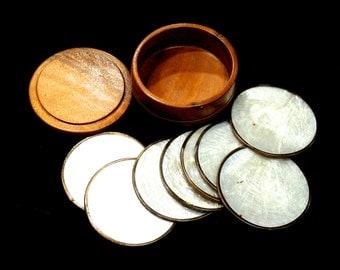 20% OFF *** VINTAGE: 1970's - 8 Chapiz Shell Coaster Set in Wood Box - Kitchen Decor - Table Decor - (15-A1-00007410)