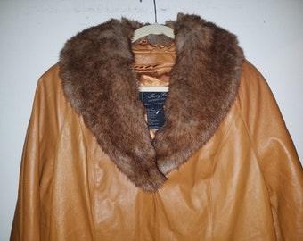 Vintage Terry Lewis Long Caramel Leather Coat W/ Faux Fur Collar Size Large EUC