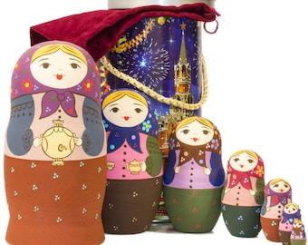 "Russian Nesting Doll - BIG SIZE - 7 dolls in one - ""Babushka with Samovar"" - Hand Painted in Russia - Traditional Matryoshka Babushka"