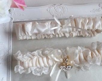 Bridal Garter Set, Ivory Garters, Lace Garters, Satin Garter, Wedding Garter Set, Ivory Satin Garter, garter, Vintage Garter