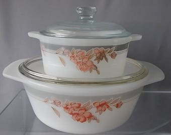 Pyrex Casserole Dishes, Matching Pair, Kitchen and Dining, Peaches/Pale Grey Floral Designs, Clear Glass Lids, Serving Dishes, Vintage 70s