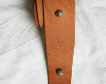 "handmade leather guitar strap made in France Urban Cam "" The 611 wild ginger"""