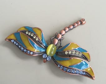 Lovely vintage drangonfly brooch.