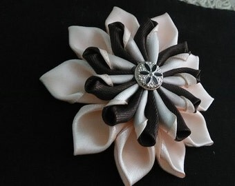 Barrette kanzashi Brown and beige/hair clip girl/Fleur kanzashi/clamp satin/ribbon satin