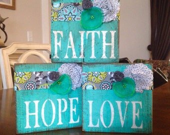 Rustic Barnwood Flower, Love, Hope, Faith Signs/Blocks