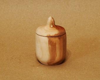 Handmade utensils made of willow wood