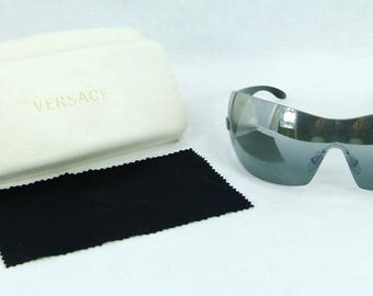 Authentic VERSACE sunglasses mod.2055 1001-88,made i n Italy