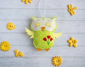 Christmas ornaments Owl gift Yellow home decor Cute gift for friend Felt animals Birthday gift for kids Green nursery wall xmas tree decor