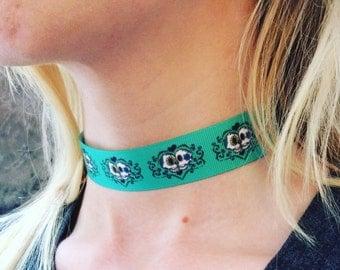 SALE green skull choker, sugar skull choker necklace, pastel goth, skull jewellery, gothic skull, skull necklace, alt girl choker,