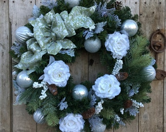 Lighted White Christmas Snow Rose Wreath,, Holiday Wreath, Elegant Christmas Wreath. White Silver Wreath, Christmas Rose Wreath