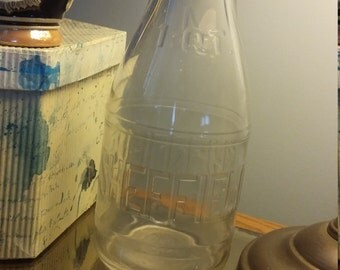 Sheffield Quart bottle in amazing vintage condition
