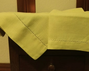 Pair of 100% linen towels with hemstitch