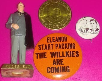 "Vintage FRANKLIN ROOSEVELT US President #32 Marx Hand Painted 2.75"" Figure, 2 Campaign Buttons & Coin 1968-92"