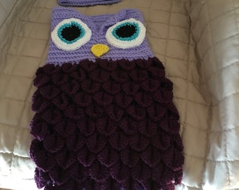 Baby owl cocoon and beanie set