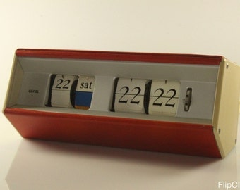 Very rare Copal Caslon day/date clock, plaid with faux-leather!
