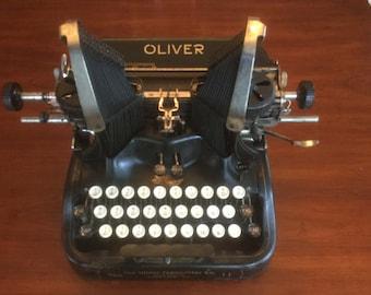 Oliver Typewriter # 11