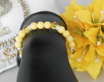 Handmade Jewelry By Lettie- Yellow Bracelet -Yellow Beads-Yellow Glass Beads-Handmade-Gift for her-Yellow gift-Yellow Bracelet