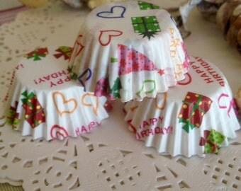 40 paper cups designed