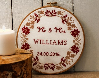 Wedding cross stitch pattern Mr and Mrs cross stitch pattern wedding gift wreath cross stitch personalised gift for couple /NW_0116