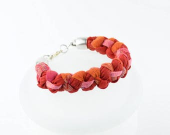 Pink bracelet, bracelet orange, red orange bracelet, bracelet braided, fabric, stylish, original, handmade