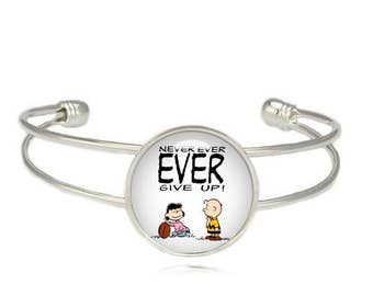 Lucy van Pelt Charlie Brown Cuff Bangle Bracelet Snoopy Never ever give up Fandom Jewelry Cosplay Fangirl Fanboy