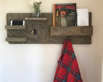 Reclaimed Entryway Organizer