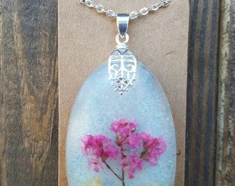 Beautiful REAL flower necklace
