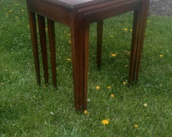 Antique Heritage Henredon Nesting Tables Leather Top (3)