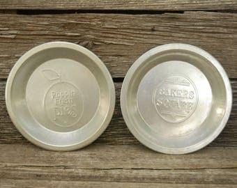 Vintage Pie Pans, Aluminum Pie Pans, Poppin Fresh/ Bakers Square Pie Pan