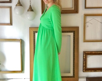 Vintage Bright Green 60s Empire Waist Sleeve Dress - Free Ship