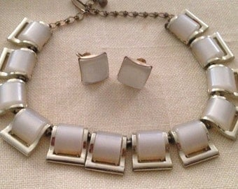 Lovely White Thermoset Necklace and Earrings