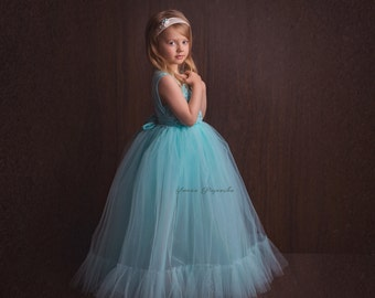 Turquoise dress princes for the girls to the session