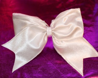 White cheer bow ( patent pending )