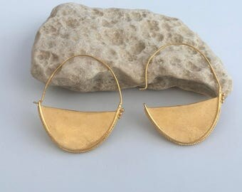Goldfilled round earrings, Round gold earrings, Round drop earrings, Goldfilled earrings, Gold earrings, Round earrings, Hoop Earrings,