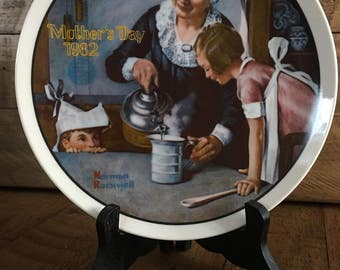 1982 Mother's Day Norman Rockwell  Collector's Plate