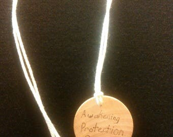 Algis runic necklace