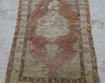 2'8''x4'5'' Oriental Turkish Carpet, Vintage Oushak Rug