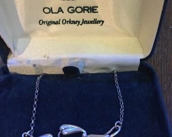 Ola Gorie silver pendant
