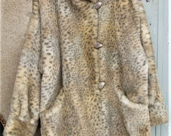 20% off!! Vintage French Fur, French faux fur, winter clothing, animal prints, chic coats, made in France