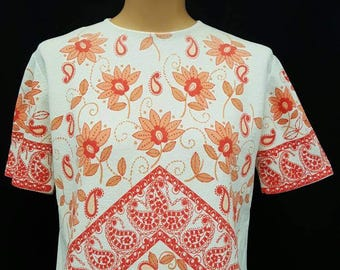 Vintage 60s DEVON White and Orange Mod Floral and Paisley Swirls Short Sleeve Stretchy Knit Shirt L