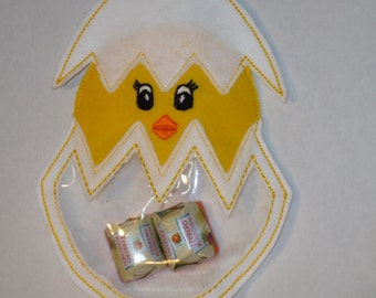 Chick in the egg filling, embroidered Filztier